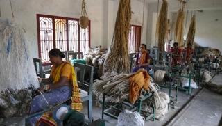 Juteverarbeitung-Leprakranke Frauen